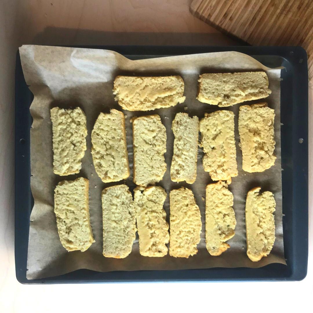Veganer Zwieback auf Okara-Basis